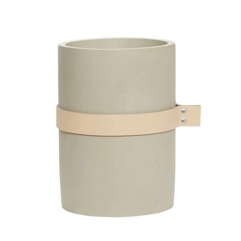 Hübsch vaas van beton met leren band