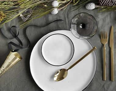 "<p><span style=""font-family: 'book antiqua', palatino;"">Festive December</span></p>"